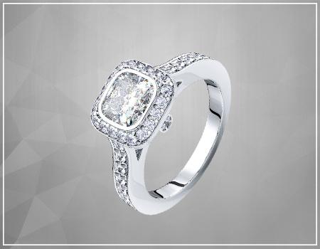 Cushion-Cut Diamonds Engagement Ring
